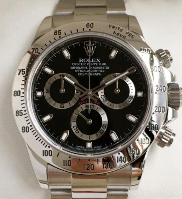 Rolex Daytona fake watches are with charming appearance with high performance.