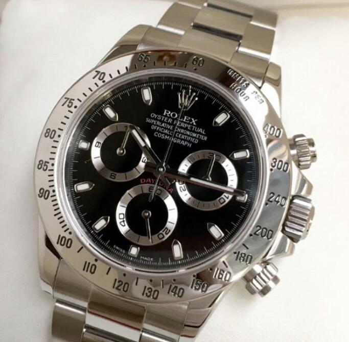 The Cal.4130 drives the Rolex Daytona is precise and reliable.