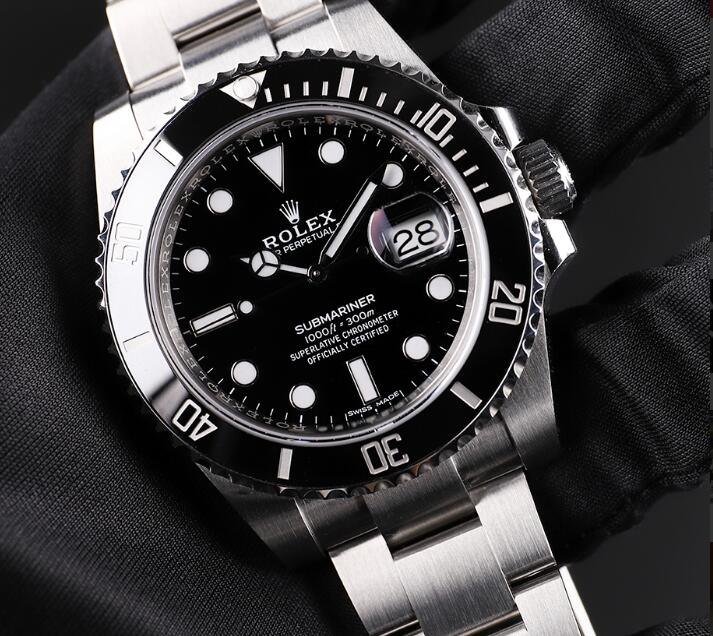 Rolex Submariner is one of the most popular diving watches nowadays.