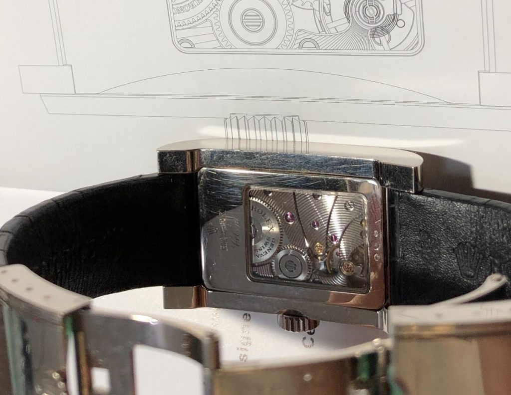 The movement can be viewed through the transparent back of fake Rolex Cellini.