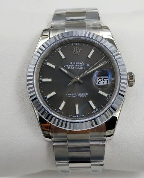 Swiss-made Rolex copy watches have the proper size for most men.